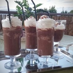 Smoothies, Pudding, Drinks, Cooking, Punch, Desserts, Food, Smoothie, Drinking