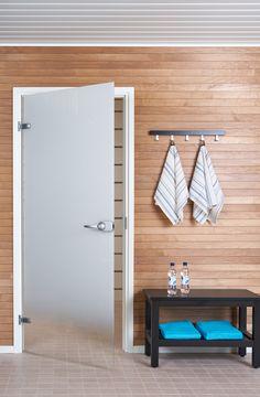 JELD-WENin Spa-malliston liukuvärjätty lasiovi Kesäyö+ ja Sataraita-pyyhkeet Entryway, Spa, Saunas, Doors, House, Furniture, Home Decor, Entrance, Decoration Home