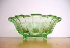 £35 1930s Green Depression Glass Bowl Vintage Glass Dish Art Deco Glass Fruit Bowl