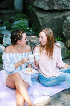 Last Days of Summer Picnic Attire with Urban Outfitters and Madewell