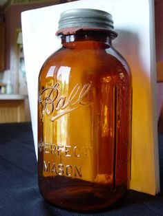Mint! Red Book #293-5 AMBER Ball Perfect Mason 1/2 GALLON fruit glass jar bottle