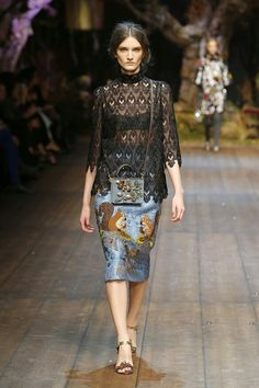 e285597051 Dolce  amp  Gabbana Women Fashion Show Gallery – Fall Winter 2014 2015  Collection Modern Fashion