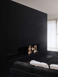 Black Wall in the Living Room / Interior * Minimalism by LEUCHTEND GRAU