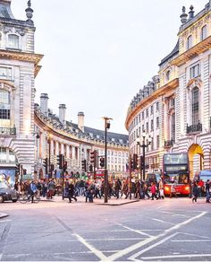 Regent Street London, the first street I have been to London Love it!