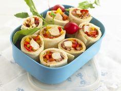 Weizentortilla mit Hähnchenfüllung ist ein Rezept mit frischen Zutaten aus der Kategorie Geflügel. Probieren Sie dieses und weitere Rezepte von EAT SMARTER!