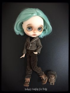 This Listing includes: Jacket in shades of brown, lined. Black T shirt, short sleeves. Long trousers with pockets in brown velvet.   Is not included: Doll Shoes little hedgehog  This is a creation made by hand. No refund is payable.
