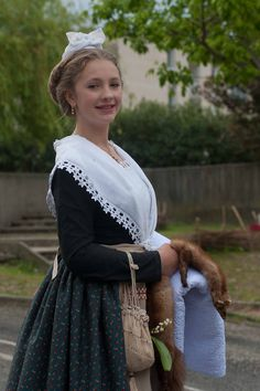 1er mai 2016 Costume Français, Costumes, French Costume, Historical Romance, Folklore, Traditional Outfits, 18th Century, Style Fashion, Culture