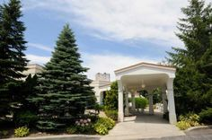 Your guests will be welcomed by our archway and magnificent covered entrance. Birch Hill Events #Albany #Weddings #NY #Elegant