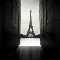 Eiffel Power by Gregory Bastien, via Flickr