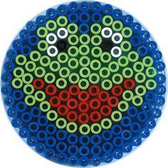 kikker met strijkkralen Hama Beads Design, Diy Perler Beads, Perler Bead Art, Pearler Beads, Fuse Beads, Melty Bead Patterns, Pearler Bead Patterns, Perler Patterns, Beading Patterns