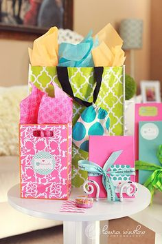 Packaging:  SOOOOO Cute. I love how the bags are reusable... wonder where she got those?
