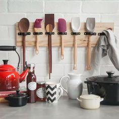 Kitchen Organisation, Diy Kitchen Storage, Kitchen Decor, Kitchen Design, Utensil Storage, Ikea Pegboard, Painted Pegboard, Kitchen Pegboard, Diy Crafts For Home Decor