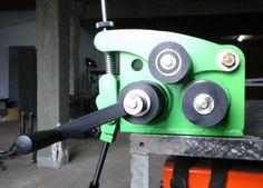 roladora curvadora de perfiles, planchuelas y barras Metal Bending Tools, Metal Working Tools, Metal Tools, Work Tools, Metal Projects, Welding Projects, Homemade Tools, Diy Tools, Sheet Metal Brake
