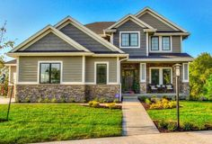 Building a New Home? 10 Top Home Building Tips | Whimseybox. Love the exterior colors!