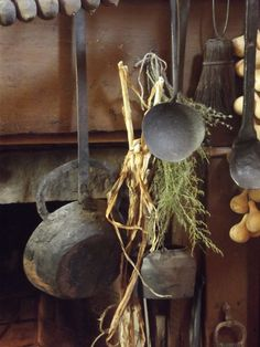 Possible element(s) to use or adapt for a #Camelot or #Medieval themed party or event.  #Primitive hearth utensils