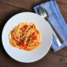 Fresh tomato sauce that can be done in a Vitamix! Save some $$$ and eat healthy.