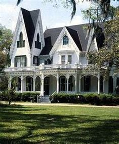 Victorian Home - so beautiful!!!