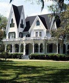 Victorian Home - so beautiful!!!