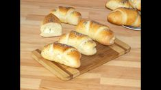 Soft, flaky, with a thin and elastic crust and a delicious filling, these feta cheese crescent rolls make the perfect breakfast :). These savory crescent rolls are kid friendly and they are also a … Bread Recipes, Whole Food Recipes, Healthy Recipes, Cresent Rolls, Pie Dessert, Perfect Breakfast, Rolls Recipe, Bread Rolls, Finger Foods