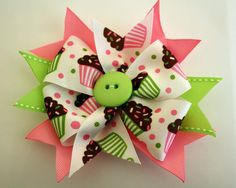 Items similar to Cupcakes so sweet, 6 in boutique bow on Etsy Diy Hair Bows, Making Hair Bows, Ribbon Hair Bows, Diy Bow, Bow Hair Clips, Ribbon Barrettes, Bow Making, Hair Bow Tutorial, Flower Tutorial