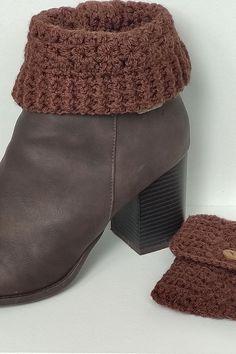 Crochet Boot Cuff Pattern, Knitted Boot Cuffs, Knit Boots, Crochet Boat, Free Crochet, Calf Leg, Easy Crochet Stitches, Double Knitting, Crochet Accessories