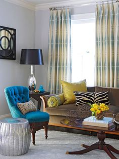 The turquoise chair! House of Turquoise: Colorful Colonial Revival Home Tour (Better Homes and Gardens) My Living Room, Home And Living, Living Room Decor, Living Spaces, Long Chair, House Of Turquoise, Turquoise Chair, Teal Chair, 3d Home