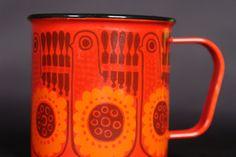 enamel mug designed by Kaj Franck for Finel.