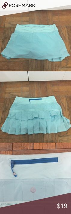 Lulu lemon tennis skirt Only wore twice Lulu lemon tennis skirt lululemon athletica Skirts