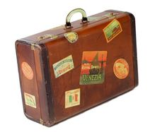 Vintage luggage - Vintage suitcase covered in stickers Vintage Suitcases, Vintage Luggage, Vintage Travel, Vintage Bags, Vintage Stuff, Vintage Men, Vintage Clothing, Vintage Fashion, Luggage Labels