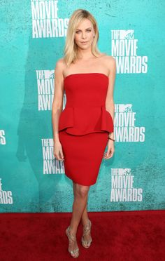 looking lovely in red, charlize theron. MTV Movie Awards 2012