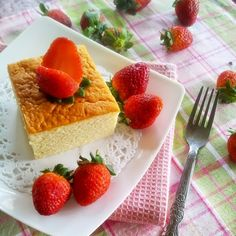 Today bake myself another japanese cotton cheesecake.keep on trying until i get to perfection. This time is. Baking Recipes, Cake Recipes, Dessert Recipes, Asian Desserts, Just Desserts, Easy Japanese Recipes, Japanese Dishes, Jiggly Cheesecake, Japanese Cotton Cheesecake