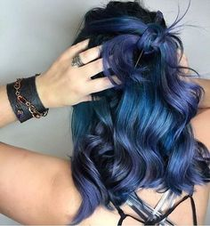 65 Iridescent Blue Hair Color Shades & Blue Hair Dye Tips - Hair - Hair Styles Dyed Hair Blue, Blue Ombre Hair, Hair Color Purple, Cool Hair Color, Dark Violet Hair, Joico Hair Color, Violet Hair Colors, Vivid Hair Color, Purple Colors