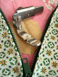 Singer Zipper / Cording Foot Attachment