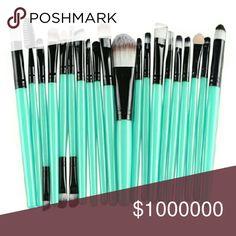 Coming soon! Grn. 20 piece makeup brush set Makeup brushes built to last awhile Makeup
