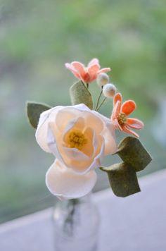 Magnolia & Wildflower Felt Flower Bouquet / Ivory by LeaphBoutique