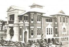 Soldiers' Memorial Hall, Ipswich, 1921 - State Library of Queensland Neg. Brisbane Queensland, Queensland Australia, Ipswich Qld, World War One, Historical Photos, Old Photos, Beautiful Homes, Past, Street View