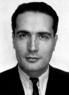 François Mitterand.-