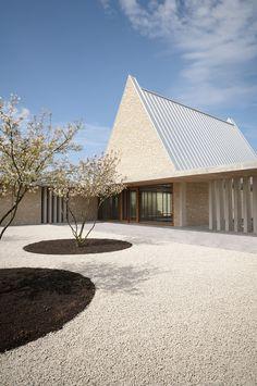 #lovligianna white roof. bayer und strobel architekten / aussgenungshalle ingelheim, ingelheim am rhein