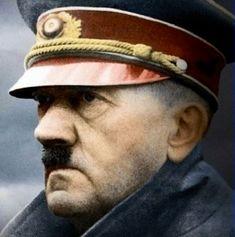 Adolf Hitler color photos of World War II worldwartwo.filminspector.com