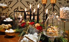 #christmasdecoration #christmaswedding #christmastable #weddingtable