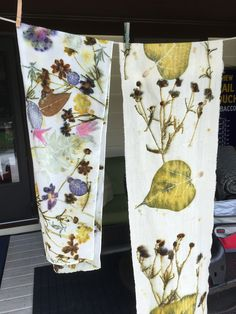 Fabric Painting, Fabric Art, Fabric Crafts, Sewing Crafts, Natural Dye Fabric, Tie Dye Crafts, Chicken Crafts, Nature Crafts, Fabric Manipulation