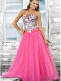 Sweetheart Strapless Neckline Ball Gown Prom Dress with Beaded Bodice