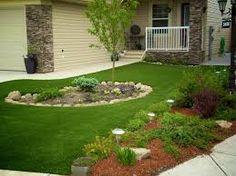 Resultado de imagem para jardim de entrada pequeno com grama