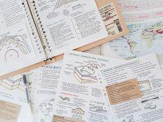 Imagen de study, college, and notes