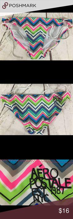 Aeropostale String Bikini Bottom CHEVRON BRIGHT Aeropostale String Bikini Bottom CHEVRON Print BRIGHT MULTICOLOR  Size XL NEW MSRP $26.50 Aeropostale Swim Bikinis