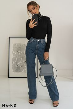 🖤 Wide Leg Highwaisted Denim 🖤 – The World Winter Fashion Outfits, Look Fashion, Winter Outfits, Womens Fashion, Fashion Trends, Classy Outfits, Trendy Outfits, Cute Outfits, Cooler Look