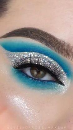 Dramatic Eye Makeup, Eye Makeup Steps, Colorful Eye Makeup, Eye Makeup Art, Dark Makeup, Blue Eye Makeup, Smokey Eye Makeup, Makeup Eyes, Mermaid Eye Makeup