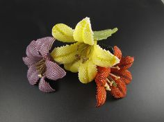 Free Day Lily Beading Pattern from MGS Designs featured in recent Bead-Patterns.com Newsletter!