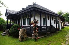 If you have a passion for beautiful travel a person will enjoy this cool site! Rural House, House In The Woods, Beautiful Buildings, Beautiful Homes, Tree House Interior, Wood House Design, Modern Rustic Homes, Bucharest Romania, The Beautiful Country