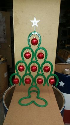 Horse shoe Christmas tree